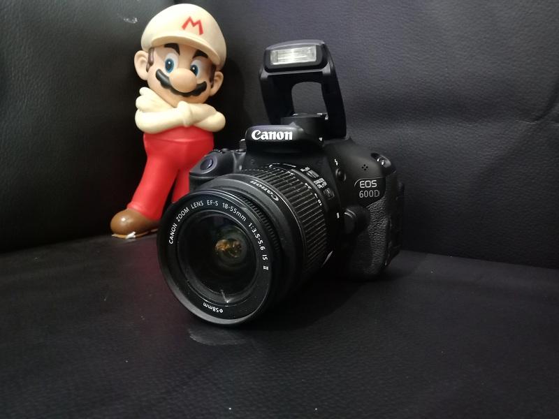 Kamera DLSR Canon 600D Second Istimewa